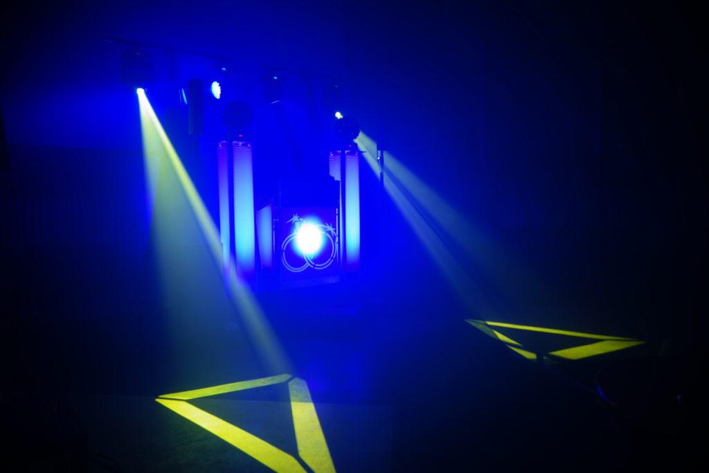 dj-drive-in-show-huren-sound2light.nl