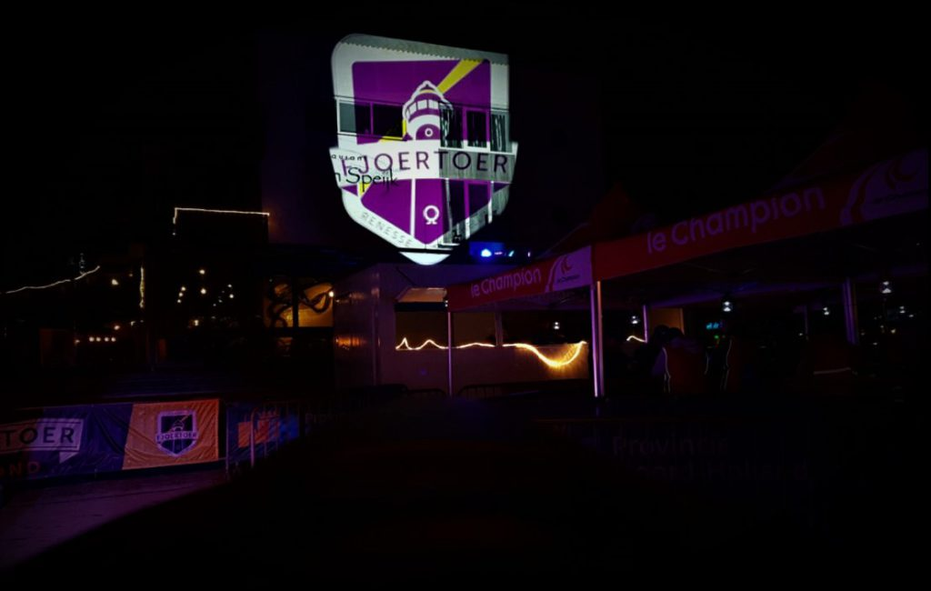 Licht projectie Le Champion Fjoertour sound2light