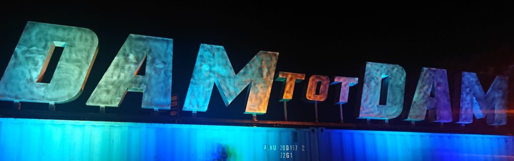 Dam Tot Damloop Letters Uplighting